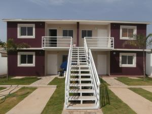 Apartamento en Coro Falcon,La Paz REF: 15-15266
