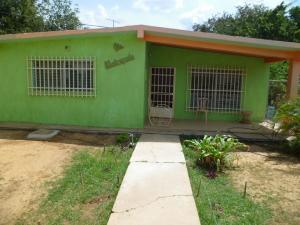 Casa en Coro Falcon,Sabana Larga REF: 15-15544