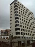 Apartamento en La Guaira Vargas,Macuto REF: 15-15943