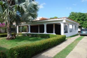 Casa en Rio Chico Miranda,Las Mercedes de Paparo REF: 15-16453