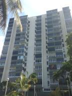 Apartamento en La Guaira Vargas,Macuto REF: 15-16507