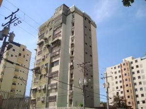 Apartamento en Maracay Aragua,El Bosque REF: 16-1090