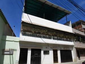 Casa en La Guaira Vargas,Macuto REF: 16-1461