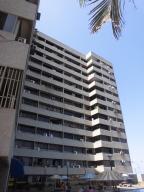 Apartamento en La Guaira Vargas,Macuto REF: 16-4434