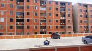Apartamento en La Guaira Vargas,Macuto REF: 16-4515