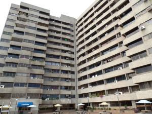 Apartamento en La Guaira Vargas,Macuto REF: 16-5433
