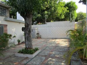 Comercial en Maracaibo Zulia,Maracaibo REF: 16-5907