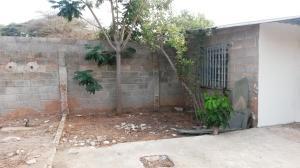 Terreno en Maracaibo Zulia,Avenida Milagro Norte REF: 16-6506