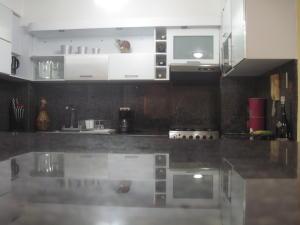 Apartamento en Maracaibo Zulia,Avenida Goajira REF: 16-6507