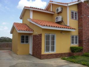 Casa en Coro Falcon,Villa del Mar REF: 16-8198