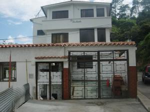 Casa en Los Teques Miranda,Macarena Sur REF: 16-8648