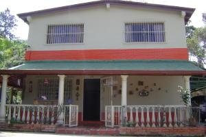 Casa en Los Teques Miranda,Municipio Guaicaipuro REF: 16-9449
