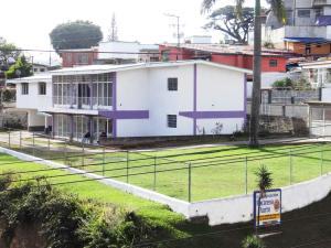 Casa en Los Teques Miranda,La Macarena Norte REF: 16-11479