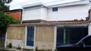 Casa en Maracay Aragua,La Cooperativa REF: 16-11795