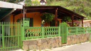 Casa en Los Teques Miranda,Colinas de Carrizal REF: 16-11946