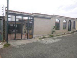 Casa en Los Teques Miranda,Municipio Guaicaipuro REF: 16-12918