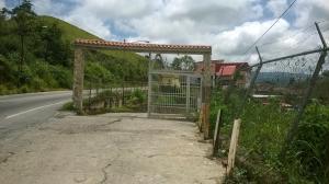 Casa en Los Teques Miranda,Municipio Guaicaipuro REF: 16-13551