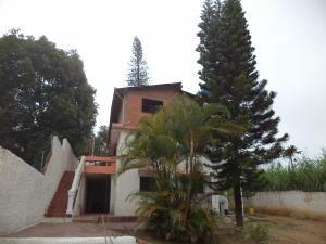 Casa en Los Teques Miranda,La Macarena Norte REF: 16-13933
