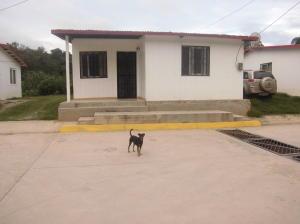 Casa en Los Teques Miranda,El Tambor REF: 16-13885