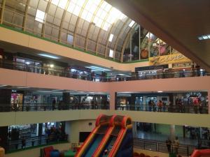 Comercial en Maracaibo Zulia,La Limpia REF: 16-13990