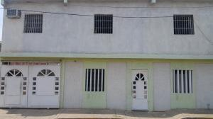 Casa en Maracaibo Zulia,Lomas del Valle 2 REF: 16-14155
