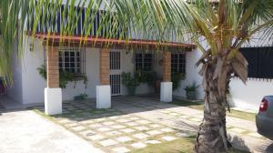 Casa en Rio Chico Miranda,Las Mercedes de Paparo REF: 16-18362