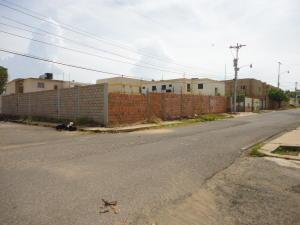 Terreno en Maracaibo Zulia,Monte Bello REF: 17-124
