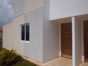 Townhouse en Maracaibo Zulia,Pueblo Nuevo REF: 17-181
