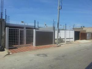 Casa en Cabimas Zulia,Cumana REF: 17-396