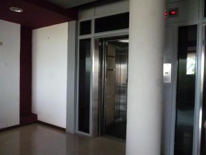 Apartamento en Maracaibo Zulia,La Lago REF: 17-541