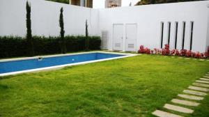 Casa en Maracaibo Zulia,Avenida Baralt REF: 17-664