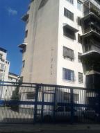 Apartamento en Caracas Distrito Metropolitano,Los Chaguaramos REF: 17-874
