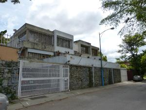 Comercial en Caracas Distrito Metropolitano,Lomas de La Trinidad REF: 17-893