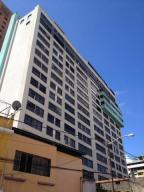 Comercial en Caracas Distrito Metropolitano,Sabana Grande REF: 17-879